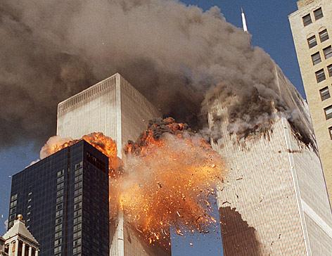 Feuerball beim Südturm des World Trade Centers